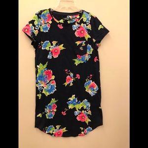 NWOT women's sleep shirt